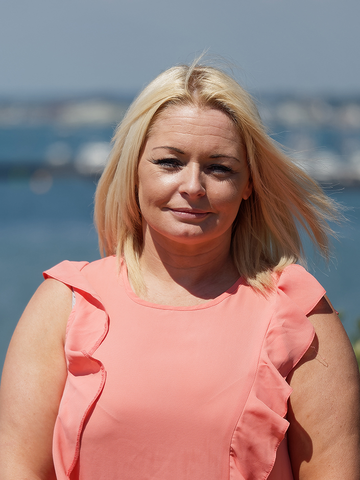 Emma Lloyd insurance broker Poole